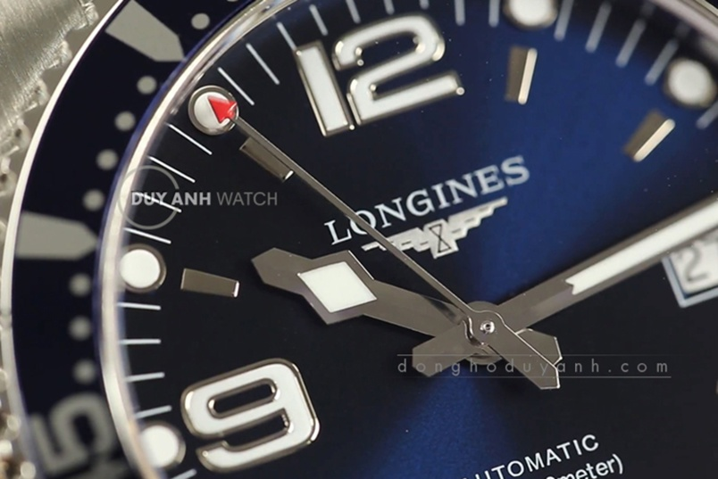 [Review - Đánh Giá] Longines Hydro Conquest L3.742.4.96.6 – Một chút mưa đầy biển rộng