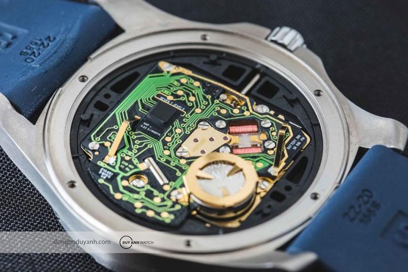 Tại sao đồng hồ thạch anh lại chính xác như vậy?